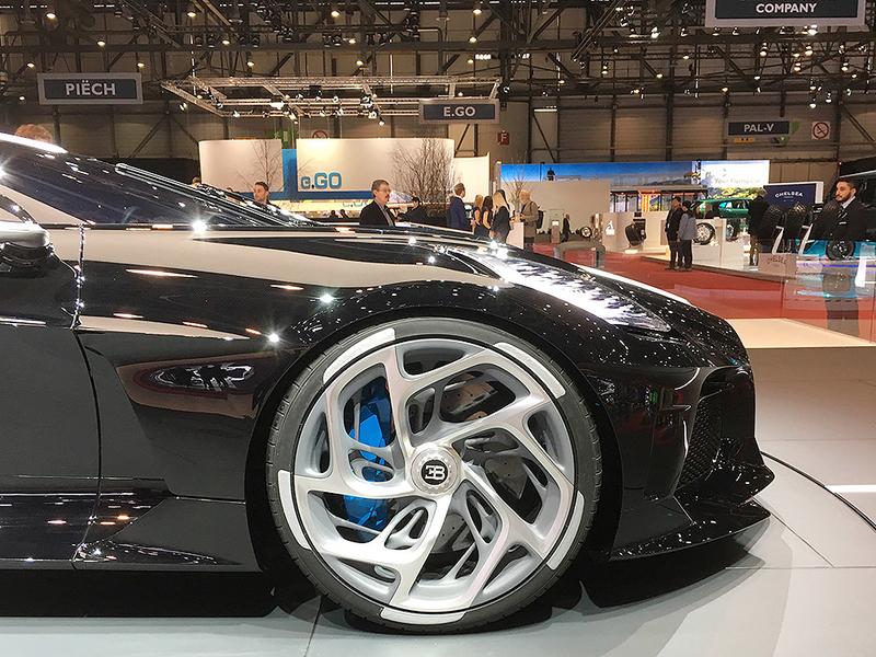Kia Dealership Phoenix >> Geneva auto show's colorful wheels