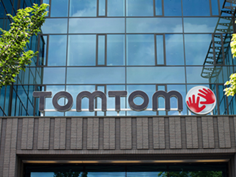TomTom maps out revamp with bet on self-driving cars