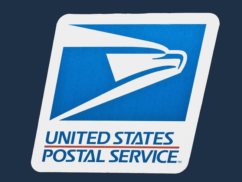 U.S. lawmakers introducing bill to give USPS $6 billion for electric delivery vehicles thumbnail