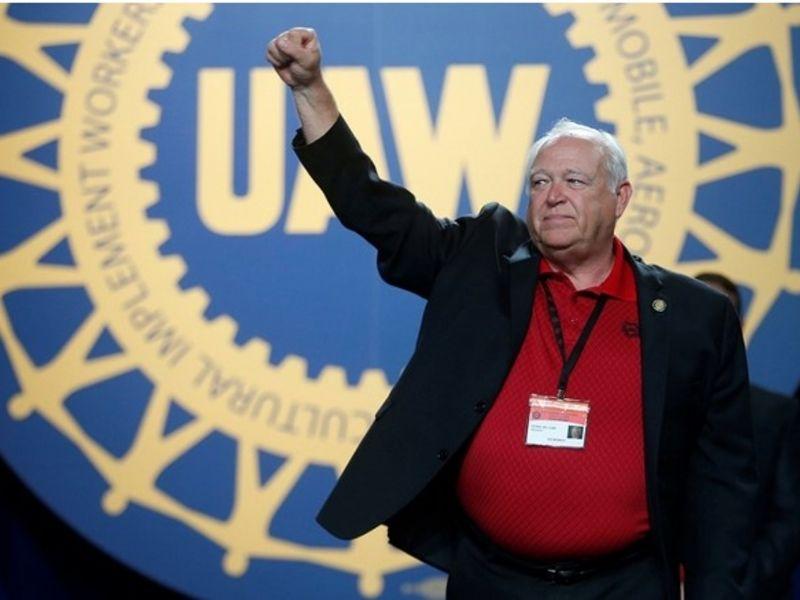 Ex-UAW President Dennis Williams sentenced to 21 months thumbnail