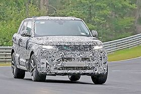 Spy shots of the next-gen Range Rover show an iconic clamshell hood and sloping roof.