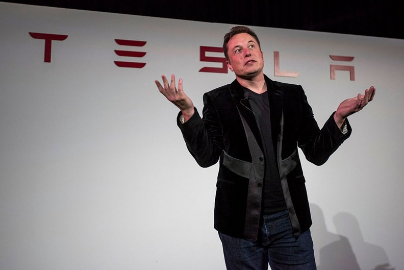 Tesla illegally fired worker and must kill Musk tweet, NLRB says