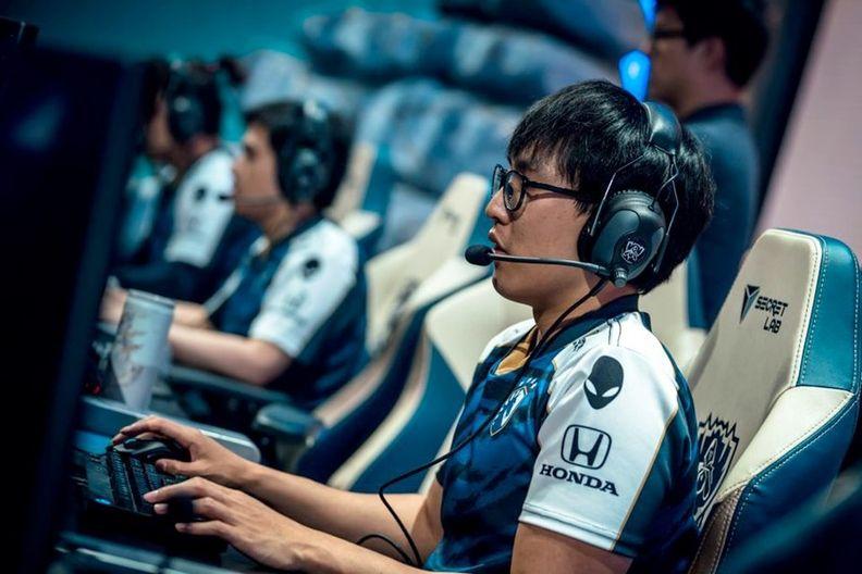 Gamer playing in a Honda-branded shirt