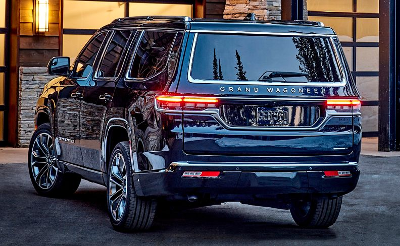 2022 Jeep Grand Wagoneer rear quarter