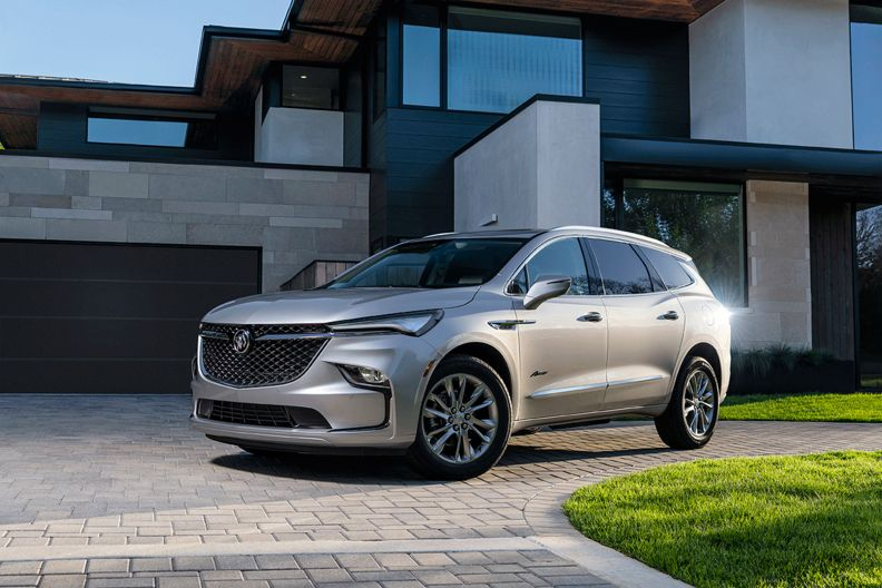 2022 Buick Enclave gets more safety features, new shifter