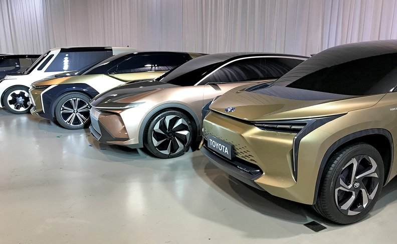 Toyota Amps Up U S  Ev Plans To Join New  U2018surge U0026 39