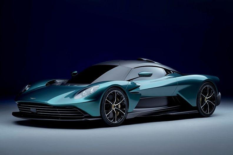 Aston Martin Valhalla_1 web.jpg