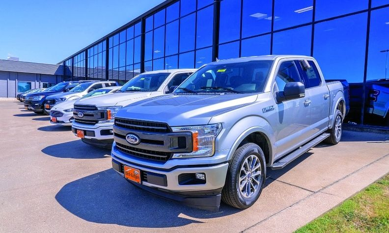 Bird-Kultgen Ford in Waco, Texas, reported record gross revenue in total sales and service even while some employees worked from home as part of the dealership's virtual sales tower.