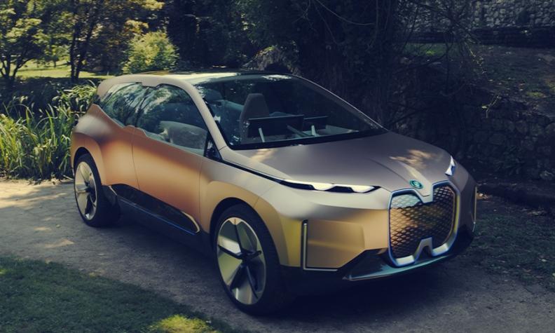 BMW iNext 900x540.jpg