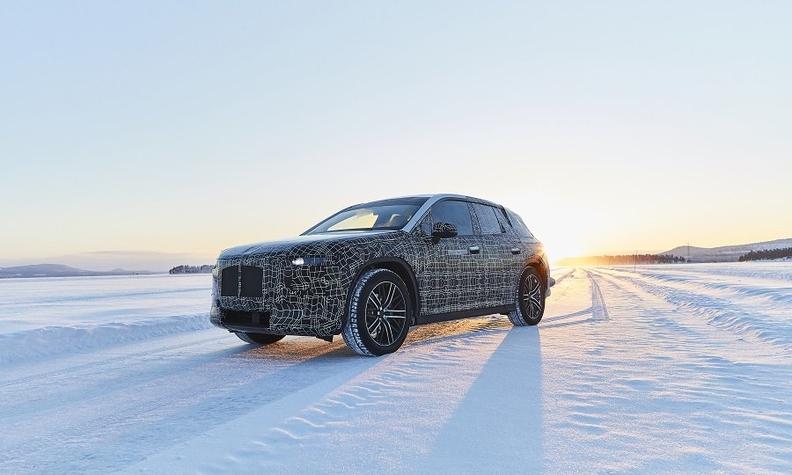 BMW iNext winter testing web.jpg