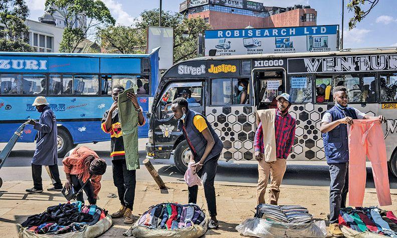 Some 4.5 million people in Nairobi, Kenya, rely on older, diesel-fueled minibus taxis to get around.