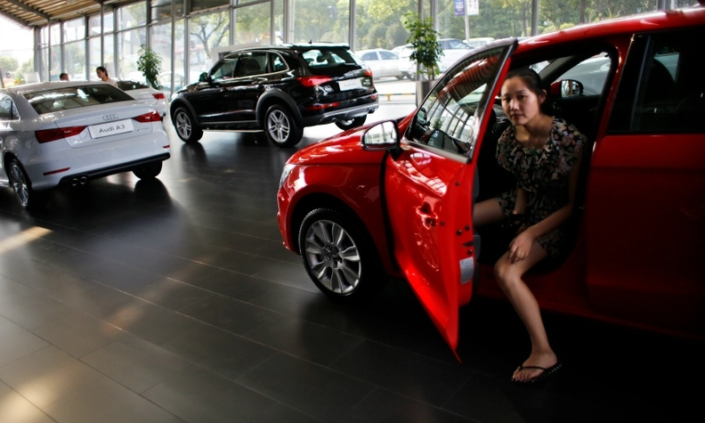 China sales woman web.jpg