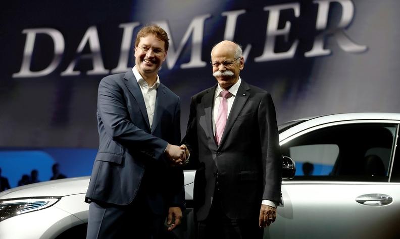 Daimler agm 2019 Kallenius Zetsche Rtrs web.jpg