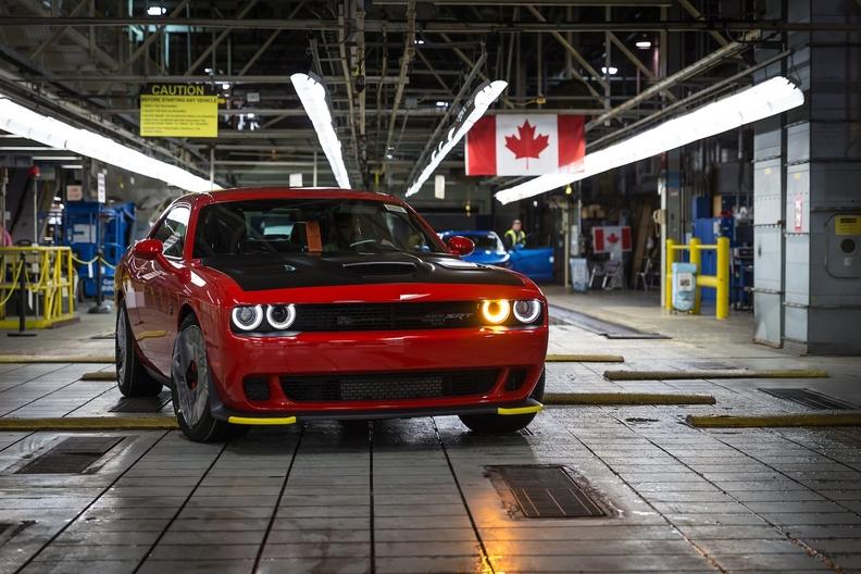 FCA_Chrysler_-_Brampton_Assembly_Plant-1588oi1rpj9ksqa2ujnd567v041gd copy.jpg