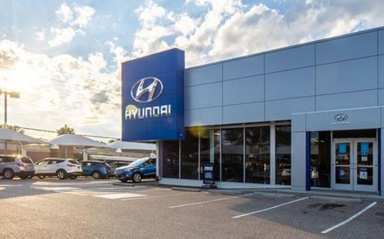 Exterior of Hyundai dealership