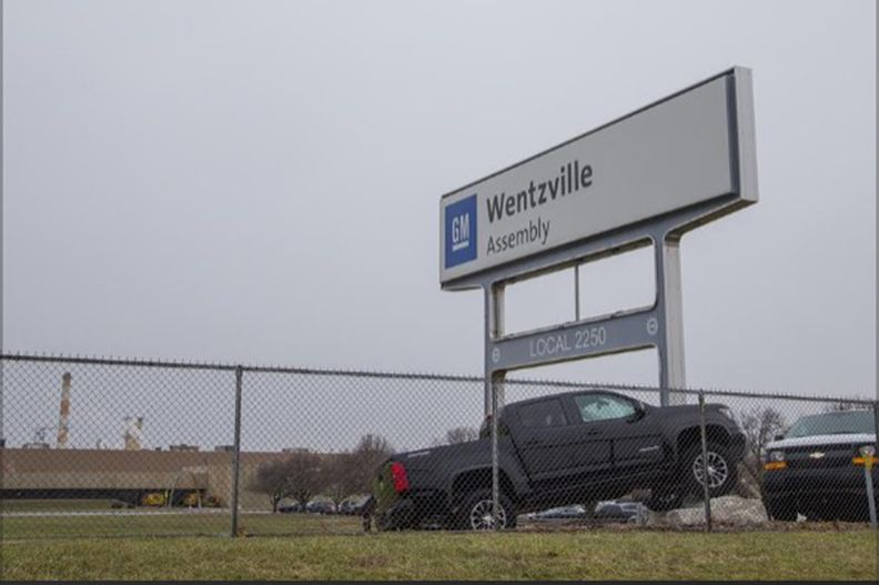 GM requires Wentzville workers to mask up