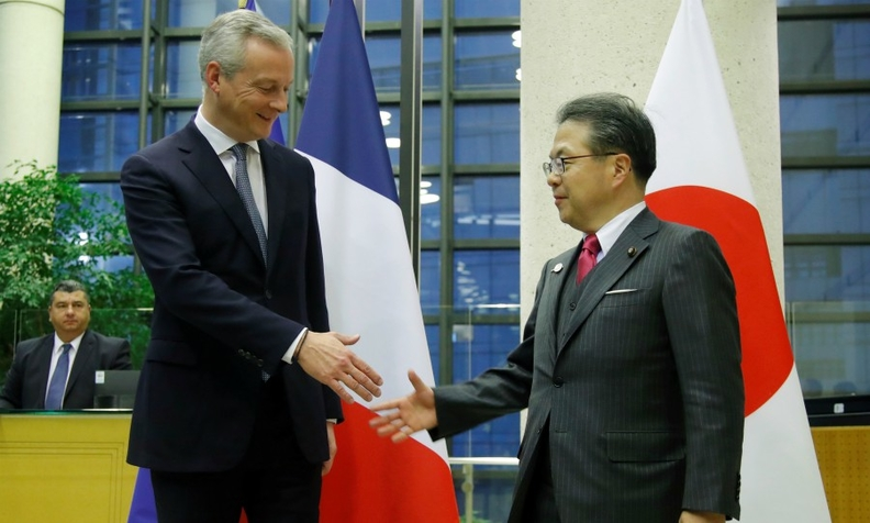 French Finance Minister Bruno Le Maire, left, and his Japanese counterpart, Hiroshige Seko, have also confirmed the need to support the alliance between Nissan and Renault.