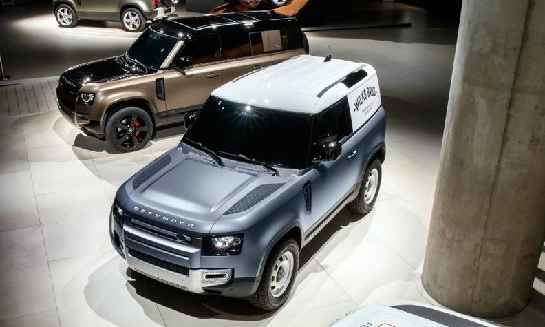 Land Rover Defender Ffm web.jpg