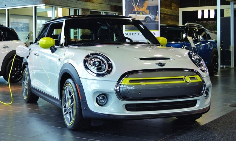 Mini expects to sell 2,000 of the 2020 Mini Cooper SE here by year end.