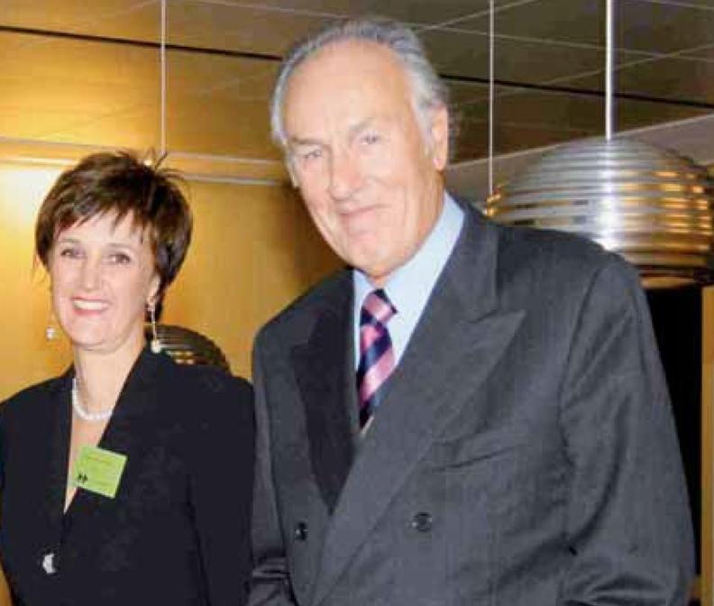 Maria Vittoria Falchetti (felt) with her father Umberto Falchetti.JPG