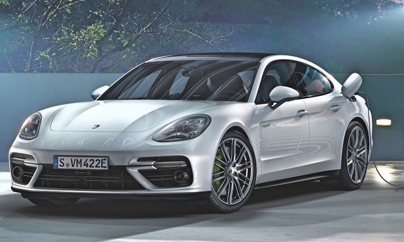 Plug-in hybrids can easily record a CO2 figure of below 50 g/km. The Porsche Panamera plug-in is shown.