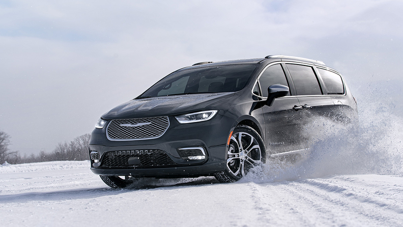 Chrysler Pacifica adds awd, next-gen Uconnect for 2021