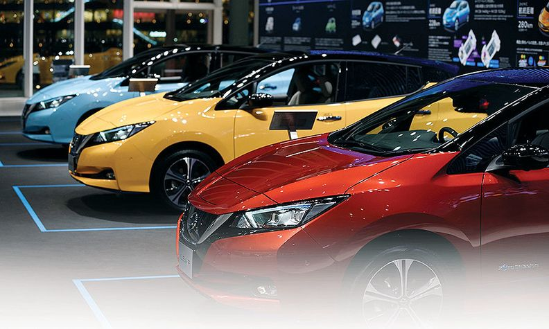 Ads on a popular Russian auto website list 2011 to 2013 Nissan Leaf models for $5,500 to $8,200.
