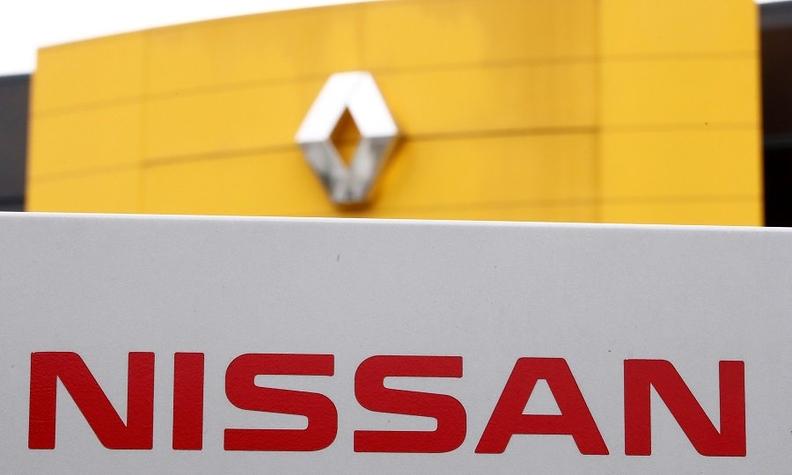 Renault Nissan badges rtrs web.jpg