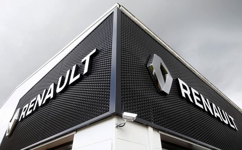 Renault dealership web rtrs.jpg