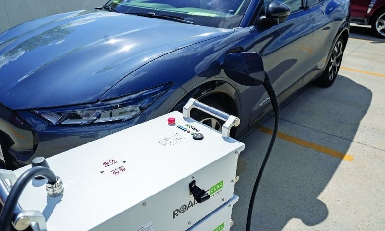 SparkCharge says its RoadieCCS mobile chargers can provide 15 miles of range in 15 minutes.