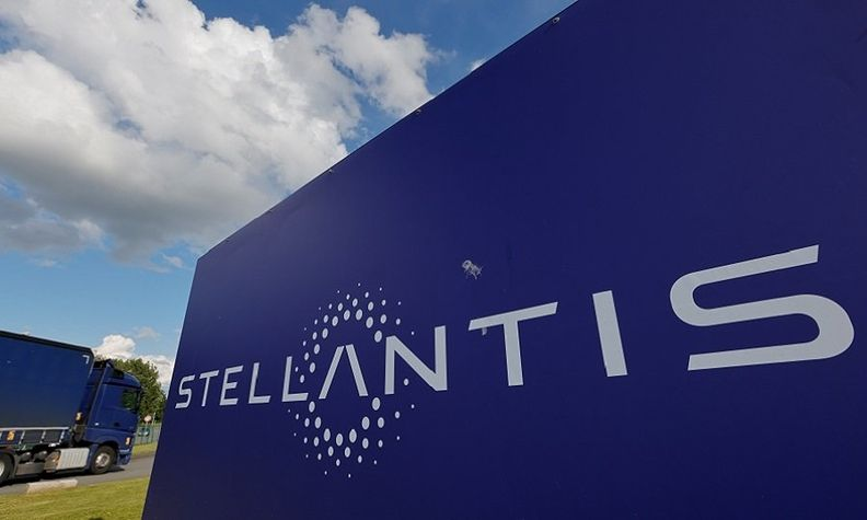 Stellantis sign rtrs web_0.jpg