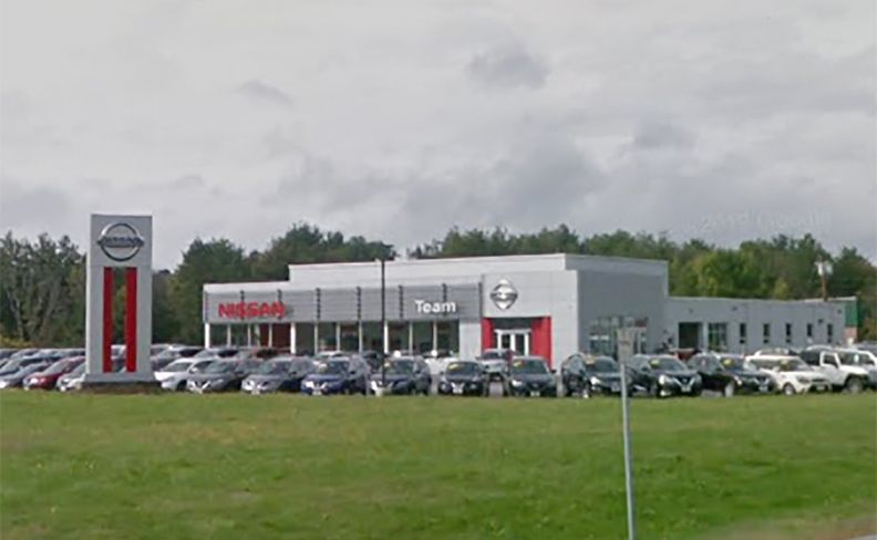 Nissan store