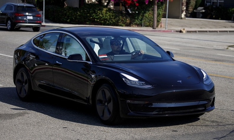 Tesla Model 3 BB web_4.jpg