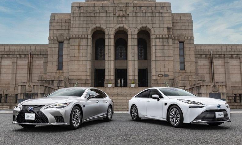 Toyota, Lexus self-driving web.jpg
