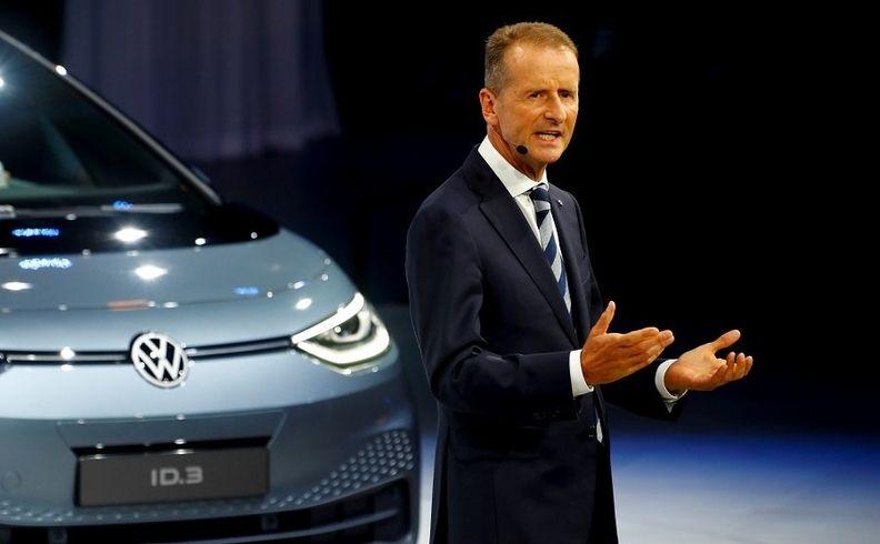 VW Diess ID3 Frankfurt show 2019 web.jpg