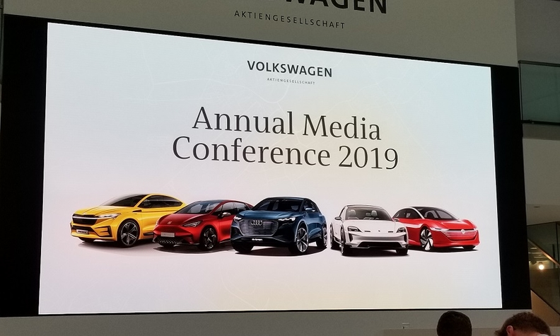 VW annual press confence web.jpg