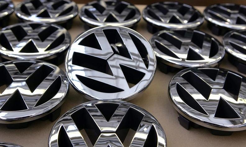 VW badges 2 web.jpg