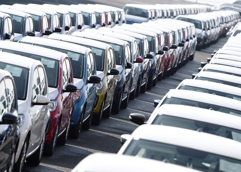 VW cars rtrs 2019_4.jpg