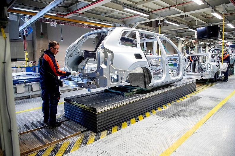 Volvo factory Torslanda, Gothenburg rtrs web.jpg