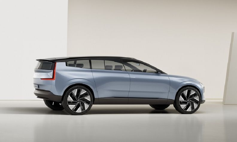 Volvo_Concept_Recharge side web.jpg