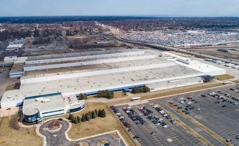FCA is investing $1.6 billion to convert its two east side Detroit engine plants at Mack Avenue and Conner Avenue into an assembly plant for Jeep SUVs.