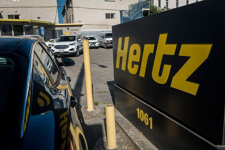 Hertz gets sweetened Knighthead offer in brawl to buy renter
