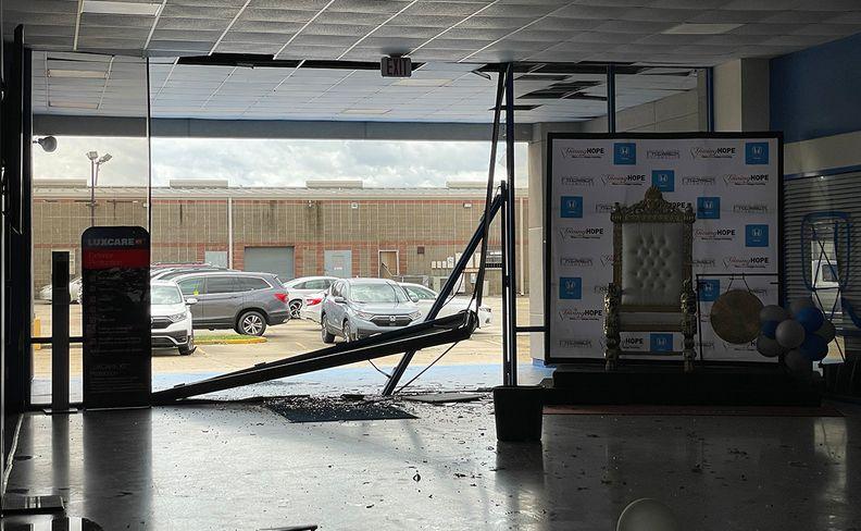 Louisiana dealerships shuttered as Ida cuts power