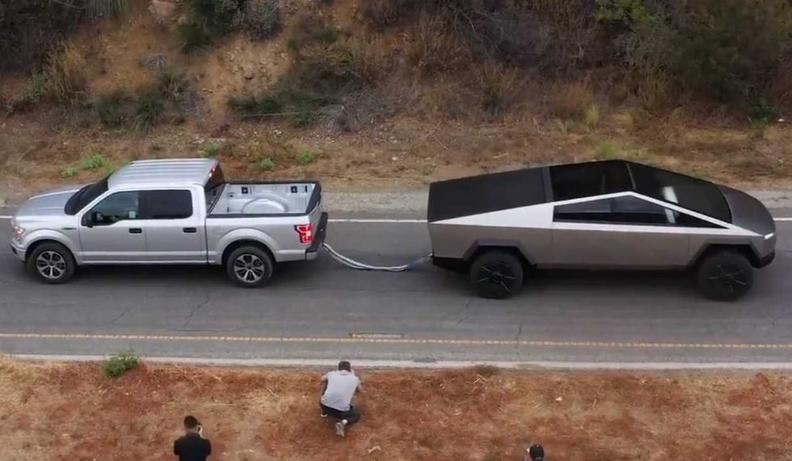 Ford vs Tesla