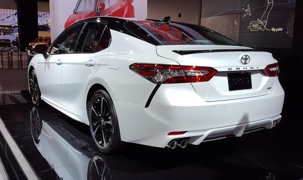 Toyota Camry Front Quarter White Jpg