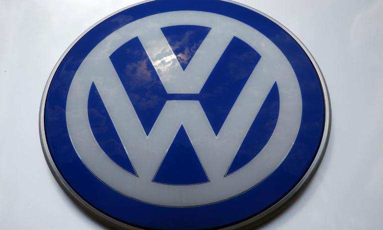 VW, SEC urged by judge to resolve civil diesel suit