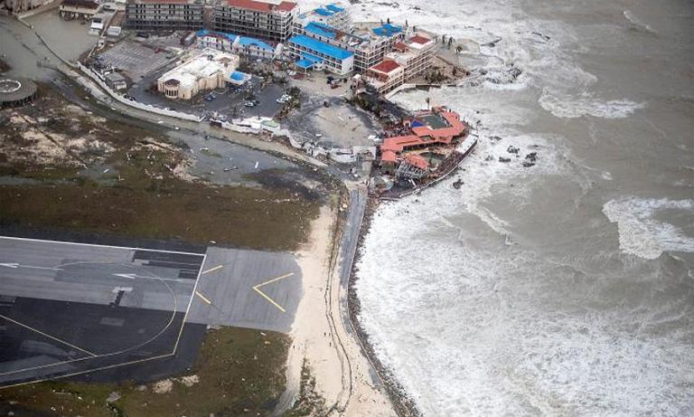 Florida car dealers say insurers halt policies ahead of Irma