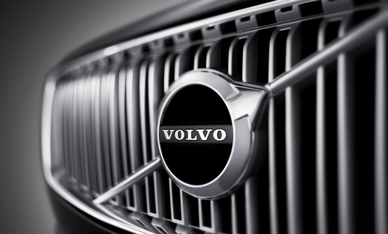 Volvo's subscription fight with dealers escalates