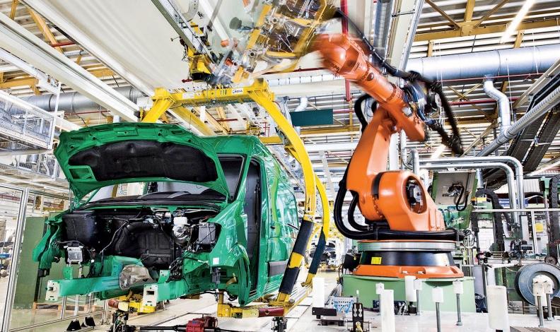 51c4240ffd4596 Mercedes-Benz Sprinters are assembled in Duesseldorf